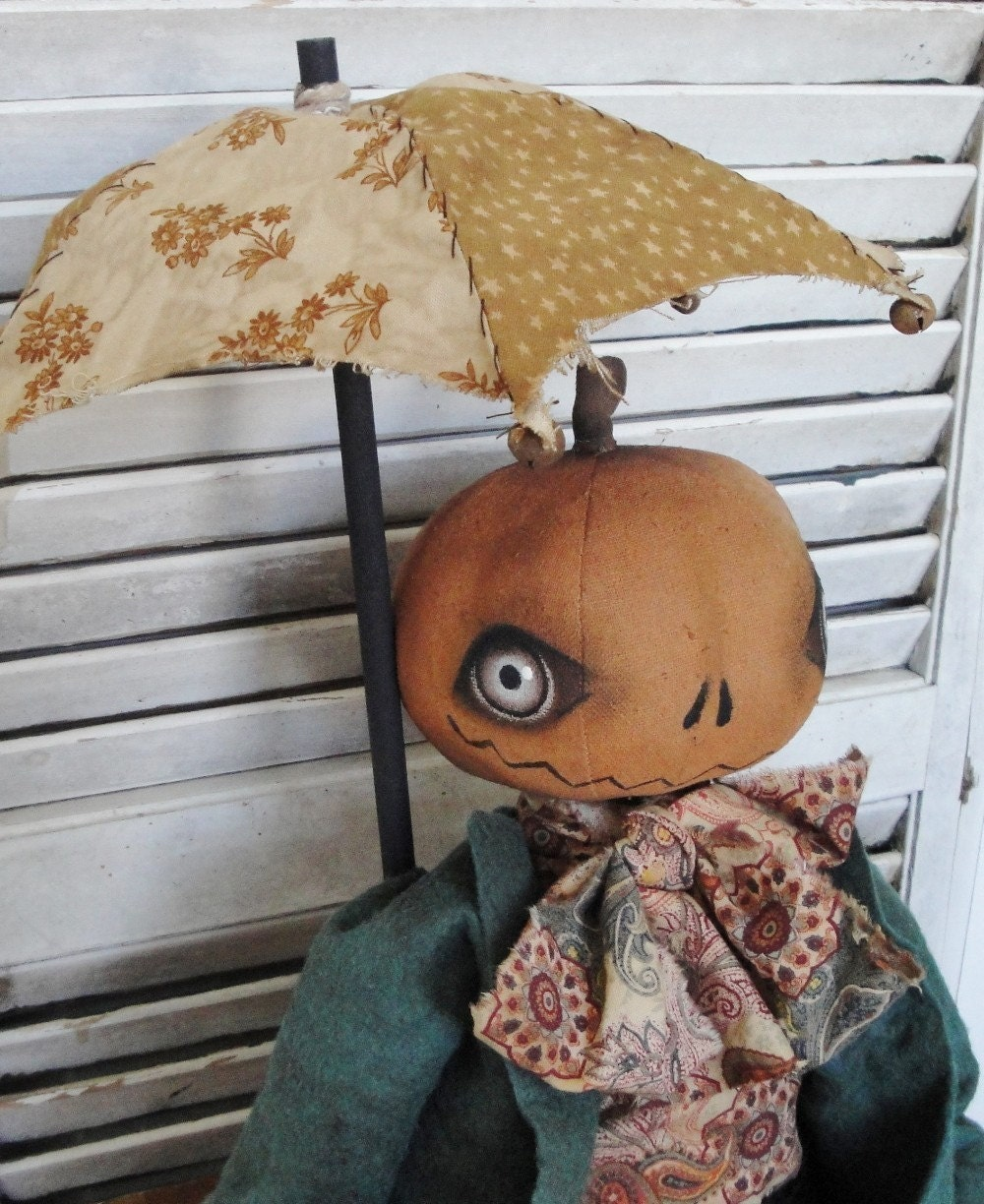 EPATTERN Primitive Folk Art Halloween Pumpkin Doll SALE - thevintagepolkadot