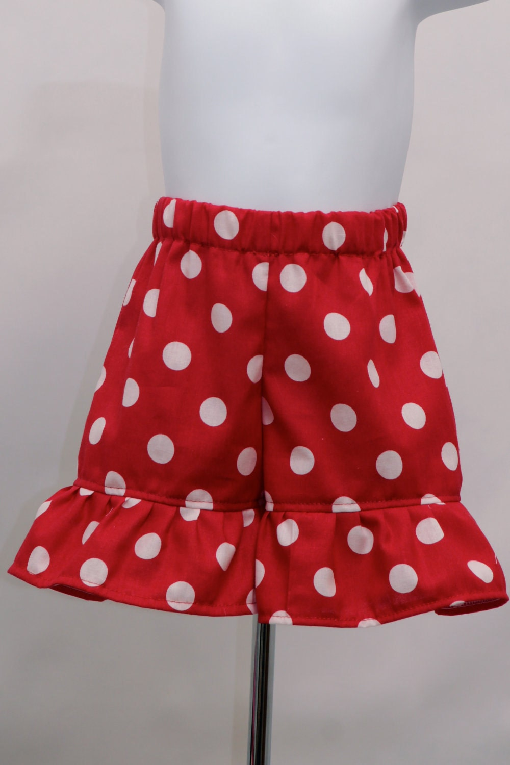 Find womens polka dots shorts at ShopStyle. Shop the latest collection of womens polka dots shorts from the most popular stores - all in one place. Red womens polka dots shorts White womens polka dots shorts Black womens polka dots shorts Blue womens polka dots shorts Womens Polka Dots Shorts + Save this search.
