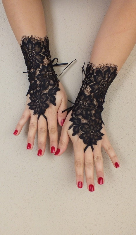 Black lace gloves french lace bridal wedding by weddinggloves for Lace glove tattoo