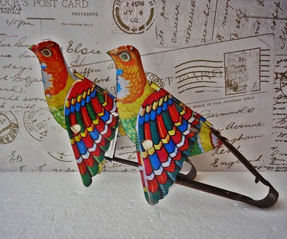 VINTAGE Tin Toy Birds Lovely Chirping Tin Birds Tin Toy Flapping Birds Moving Toy Vintage Collectors Toys Tin Toy NOT Wind Up Toy