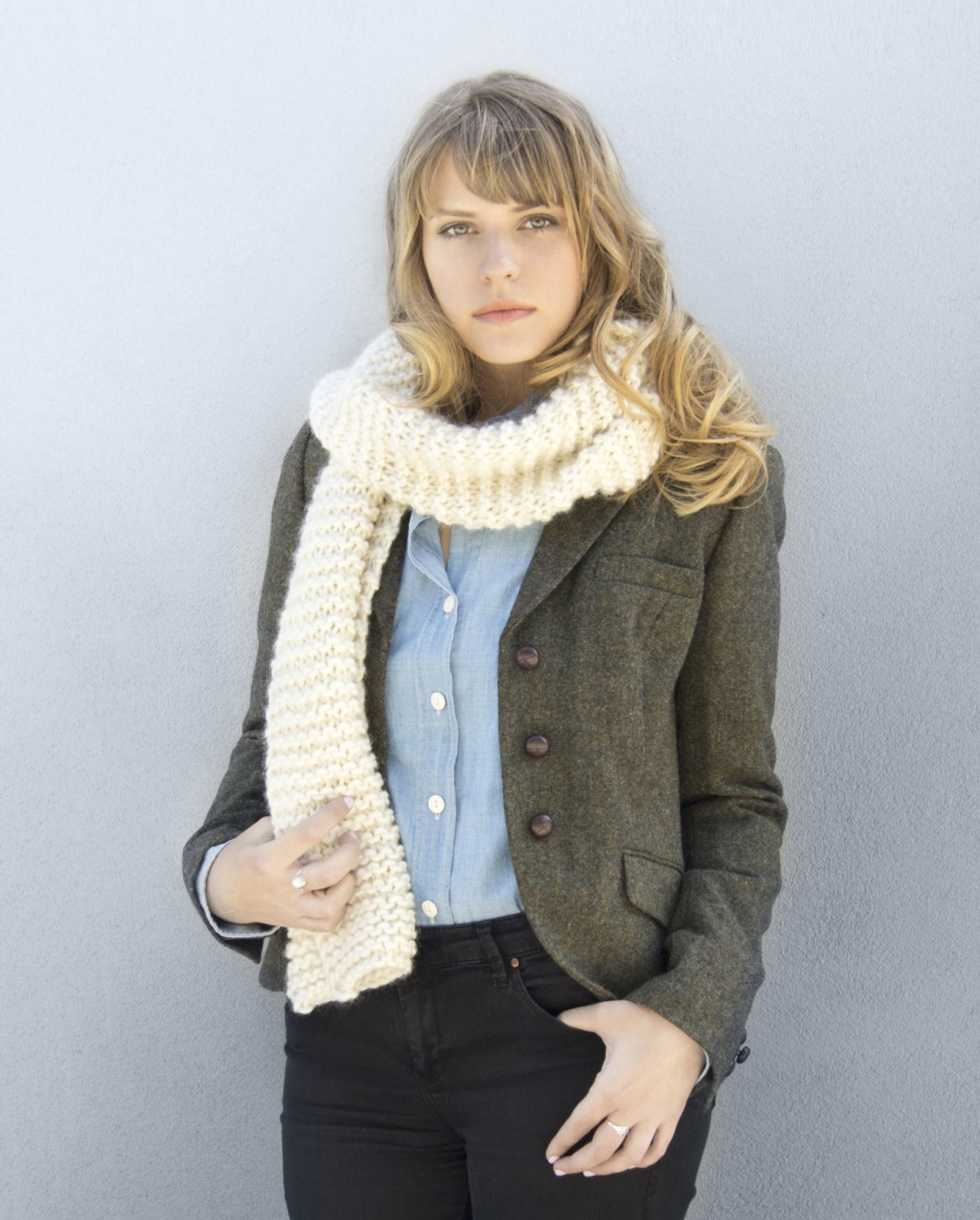 How to Knit a beginner's version of a circle/infinity scarf