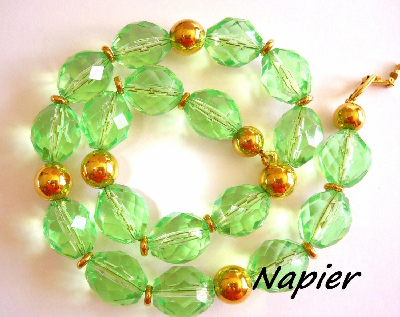 Napier Necklace Green Lucite Faceted Chunky Vintage '80's - RenaissanceFair