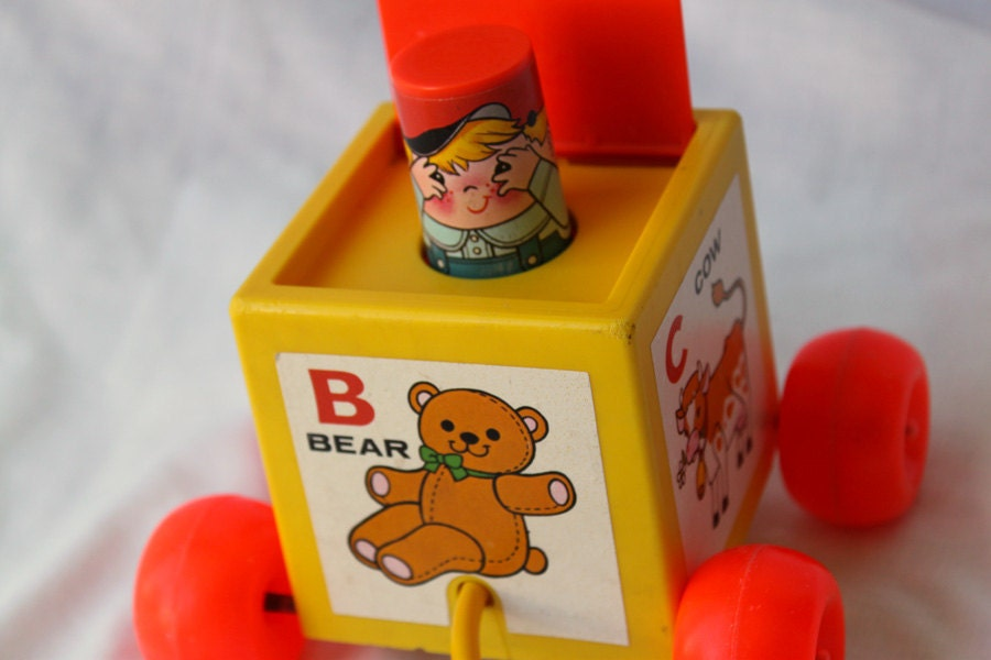 Pull Toy, Peek-A-Boo Block Toy, Fisher Price 1970 - ItsStillLife