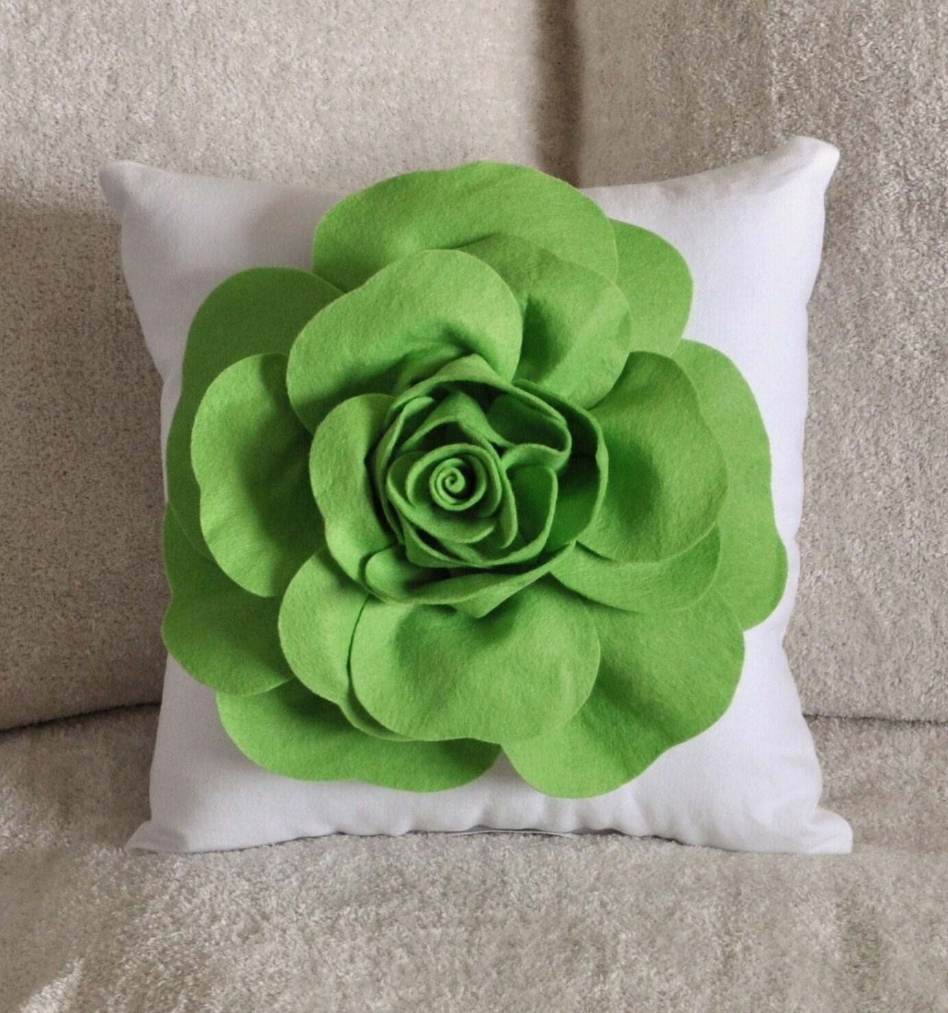Chartreuse سبز در سفید رز پرتاب بالش بالش لهجه سبز