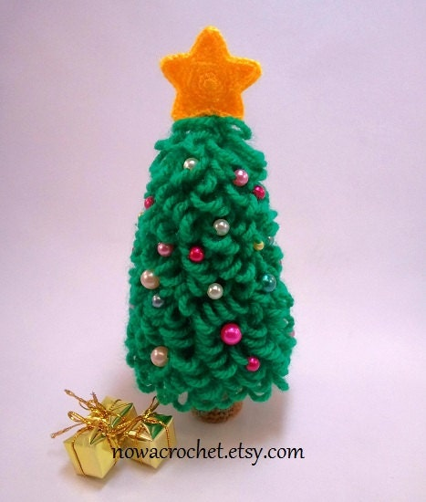 Amigurumi Christmas Tree Patterns : Christmas tree amigurumi PDF crochet pattern by Nowacrochet