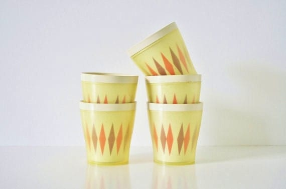 Mid-Century Picnic Tumblers - thewhitepepper