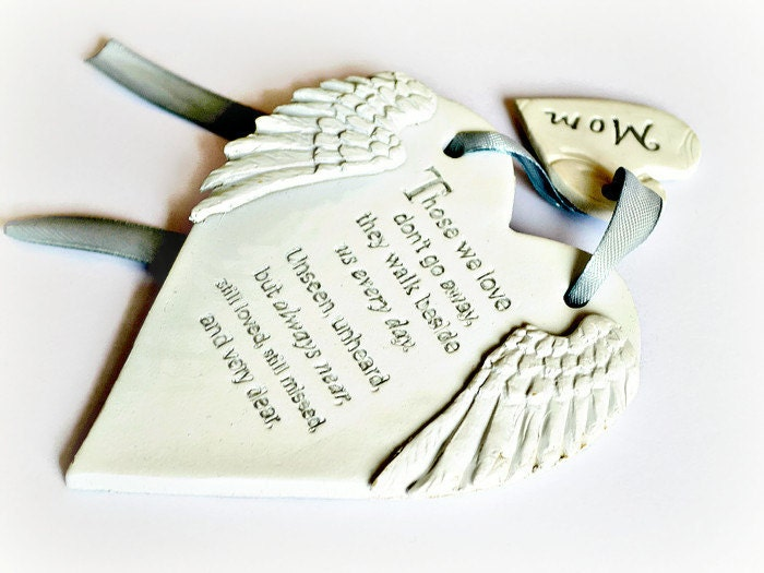Angel wings memorial keepsake Those we love dont go away Loved one in heaven Bereavement gift in memory of loved one Condolence gift