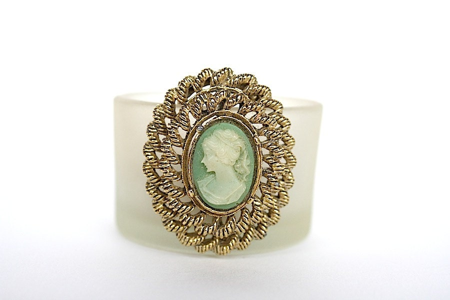 green cameo brooch vintage cameo pin by happyfortunevintage