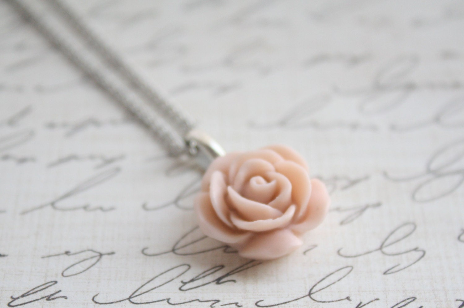 Pick your Rose Color - Antique Pink Rose Necklace - Blush Rose Necklace - Flower Necklace - Bridesmaid Necklace - Floral Necklace - GiGisPetals