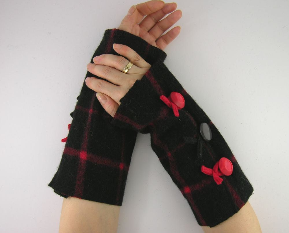 arm warmers fingerless mittens felted fall fingerless gloves arm cuffs recycled wool plaid red black eco friendly curationnation - piabarile