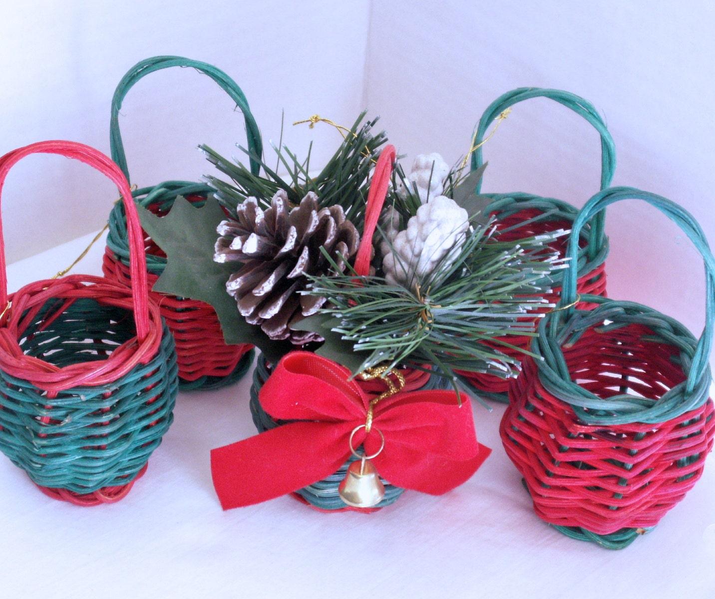 Mini Wicker Christmas Baskets By Dagutzyone On Etsy