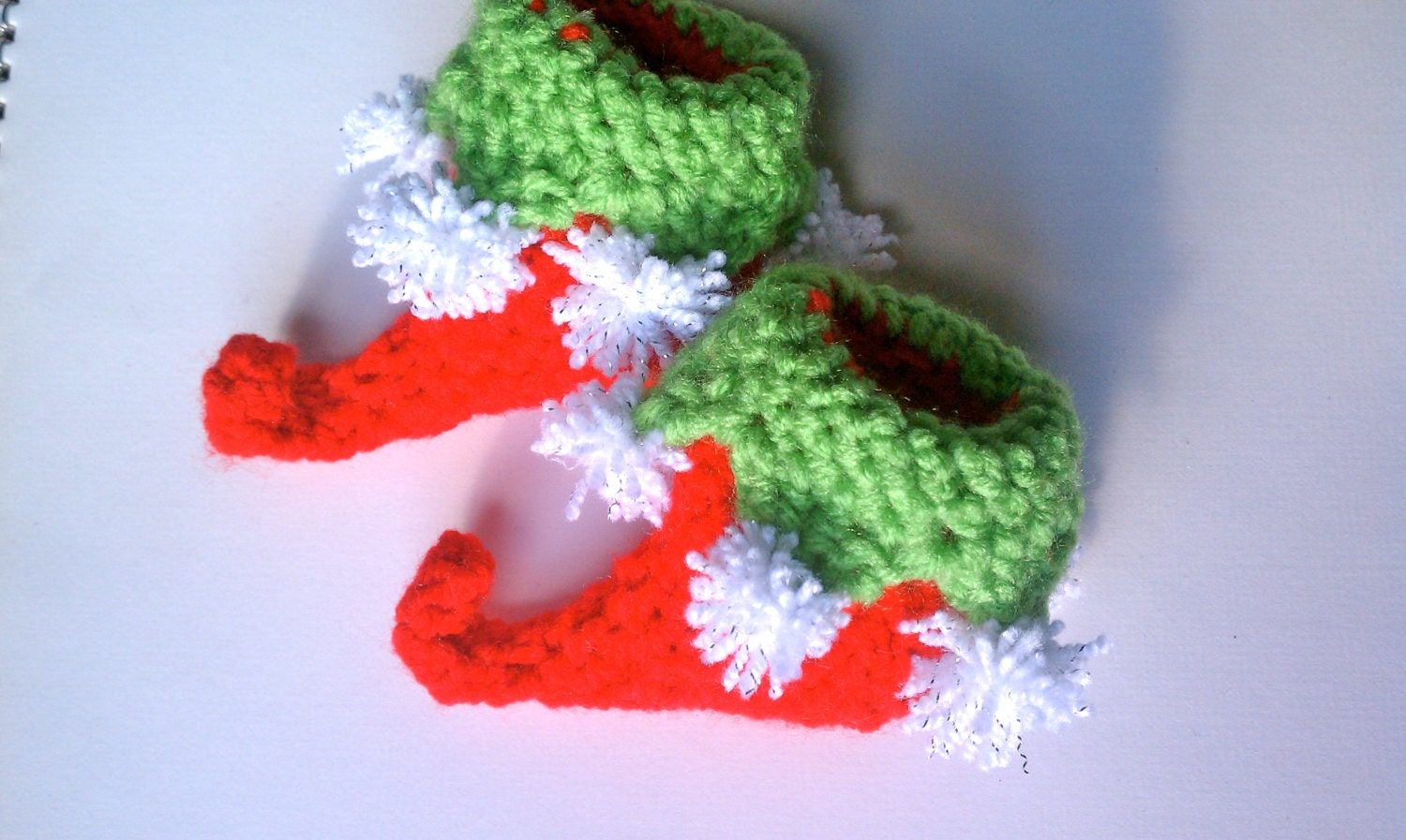 Elf baby booties crochet christmas elf shoes by anoptimisticcynic