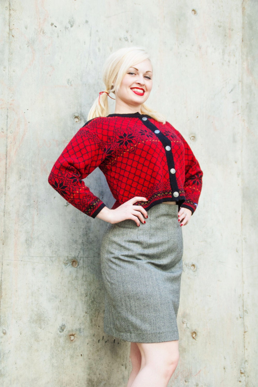 Vintage sweater, red wool, Norsk Wear, Norway, Scandinavian  S - RoseleinRarities