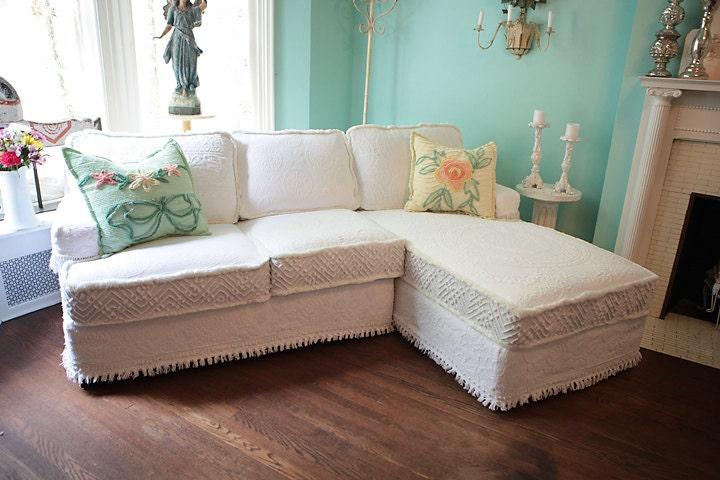 shabby chic sectional sofa vintage by vintagechicfurniture. Black Bedroom Furniture Sets. Home Design Ideas