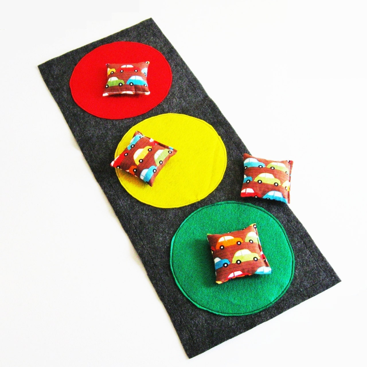 Cars Bean Bag Toss Game - Traffic Stoplight - Party Game / Favors - 4 bean bags, target mat and storage sack - EnchantedDandelions