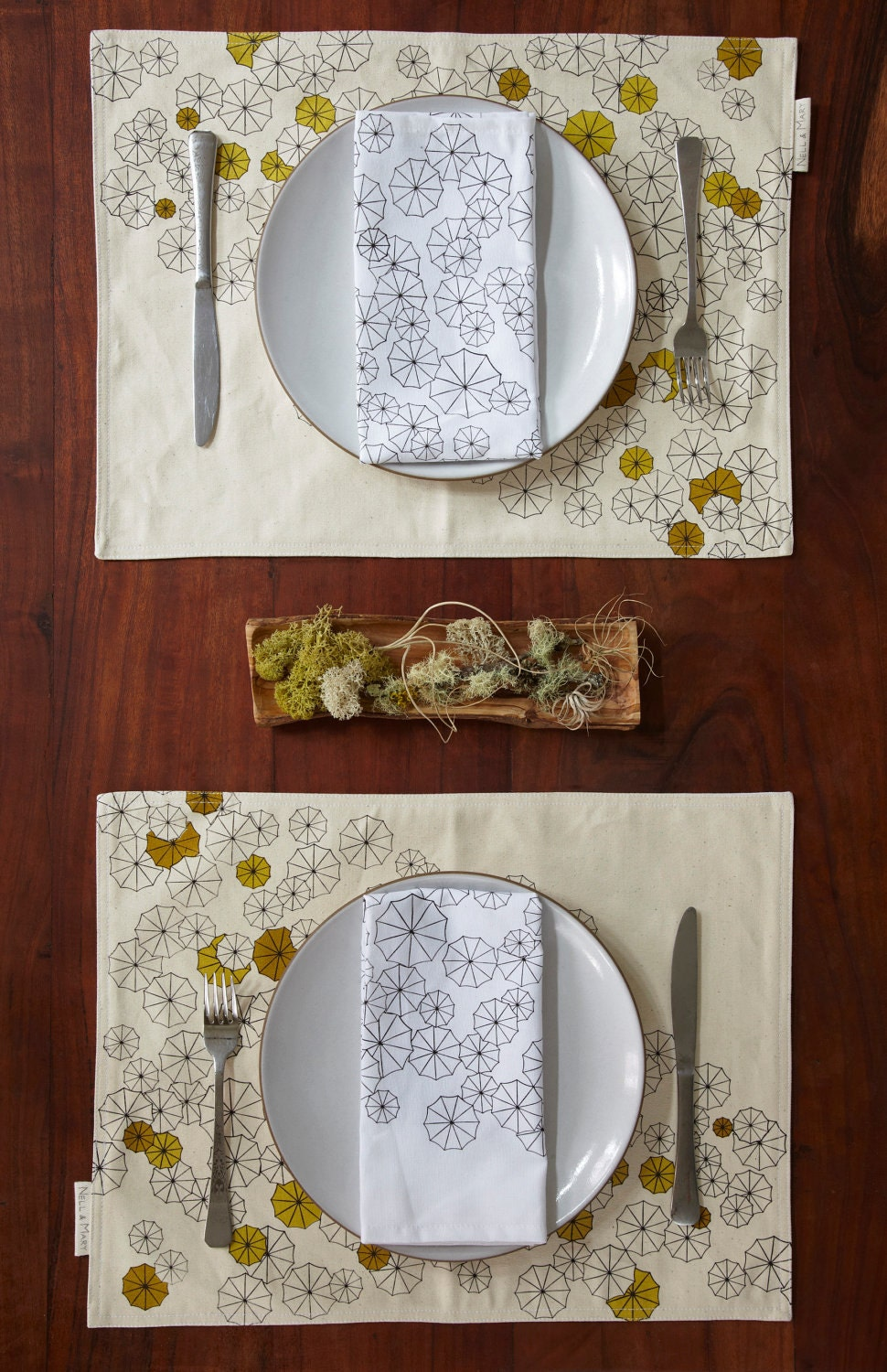 Umbrellas Placemat and Napkin Set for Four