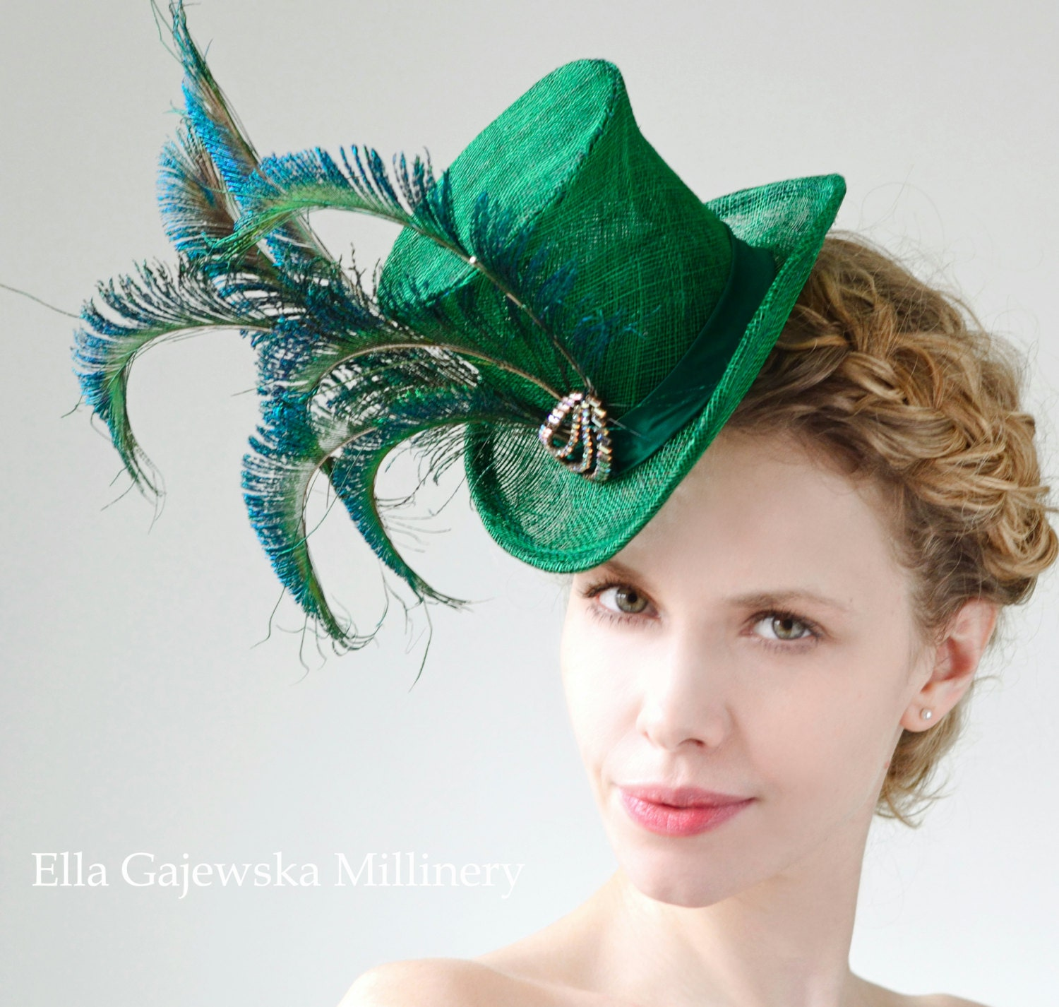 Emerald-Green-Mini-Straw-Elegant-Top-Hat-Peacock-Feathers-Accessories-Wedding-Accessory-Wear-Party-Fascinator-Derby-Hats-Ascot-Steampunk - EllaGajewskaHATS