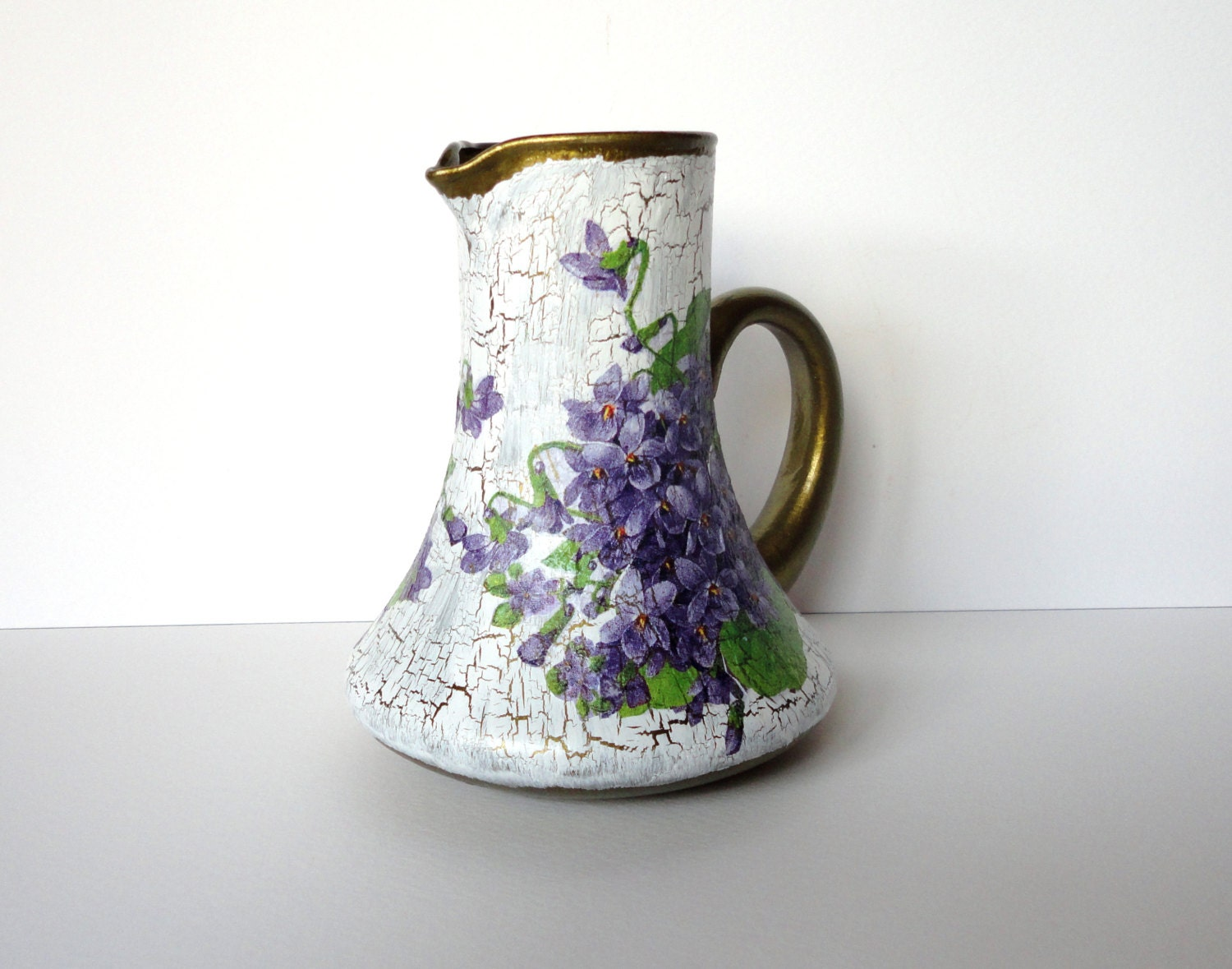 Glass jug Small vase Retro vase Victorian  vase Decoupage vase Colorful jug Vase with violets Decoupage jug - decorartarina