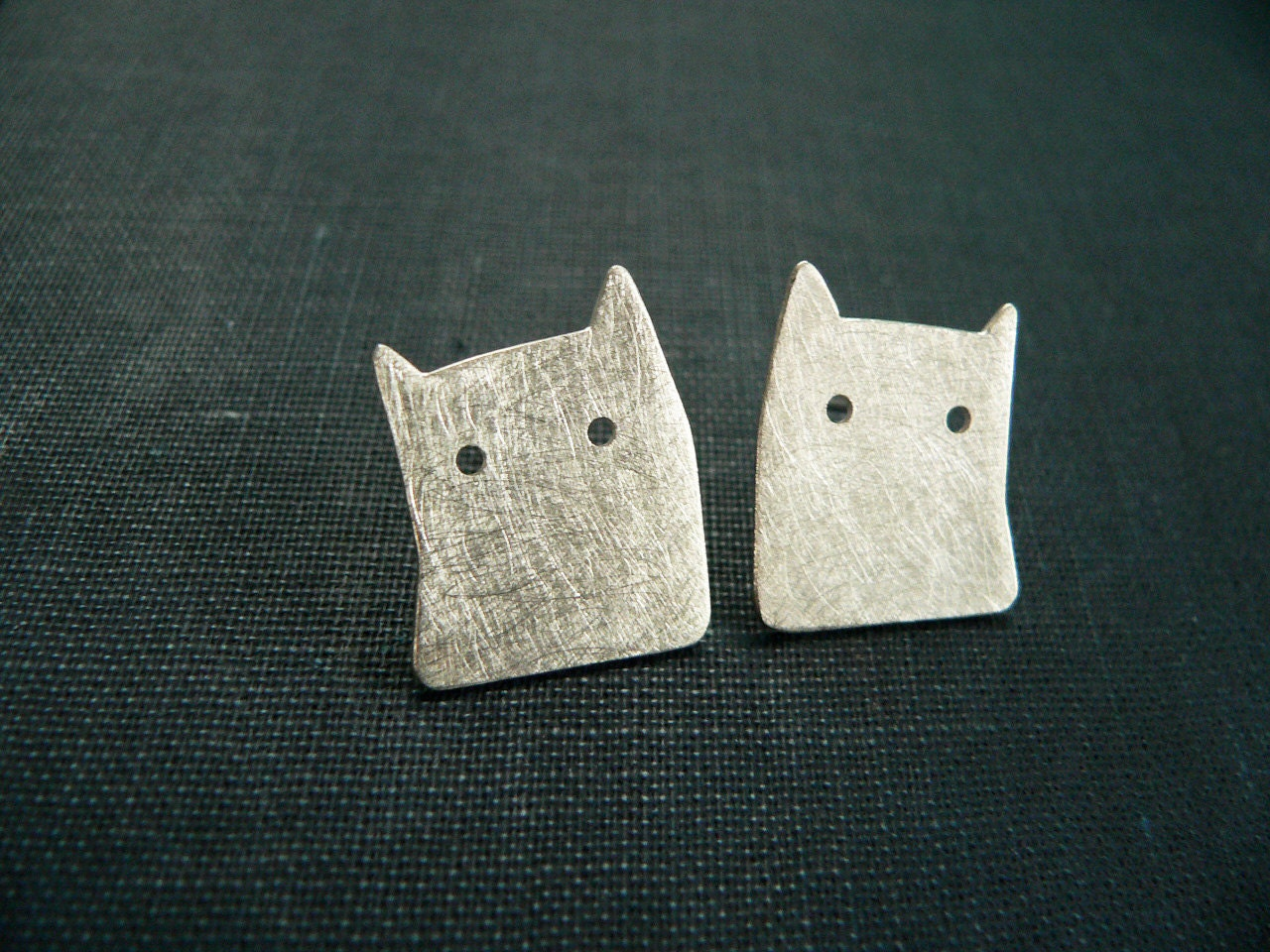 cat earrings silver minimal jewelry unique handmade silver jewelry stud brushed - lucialaredo