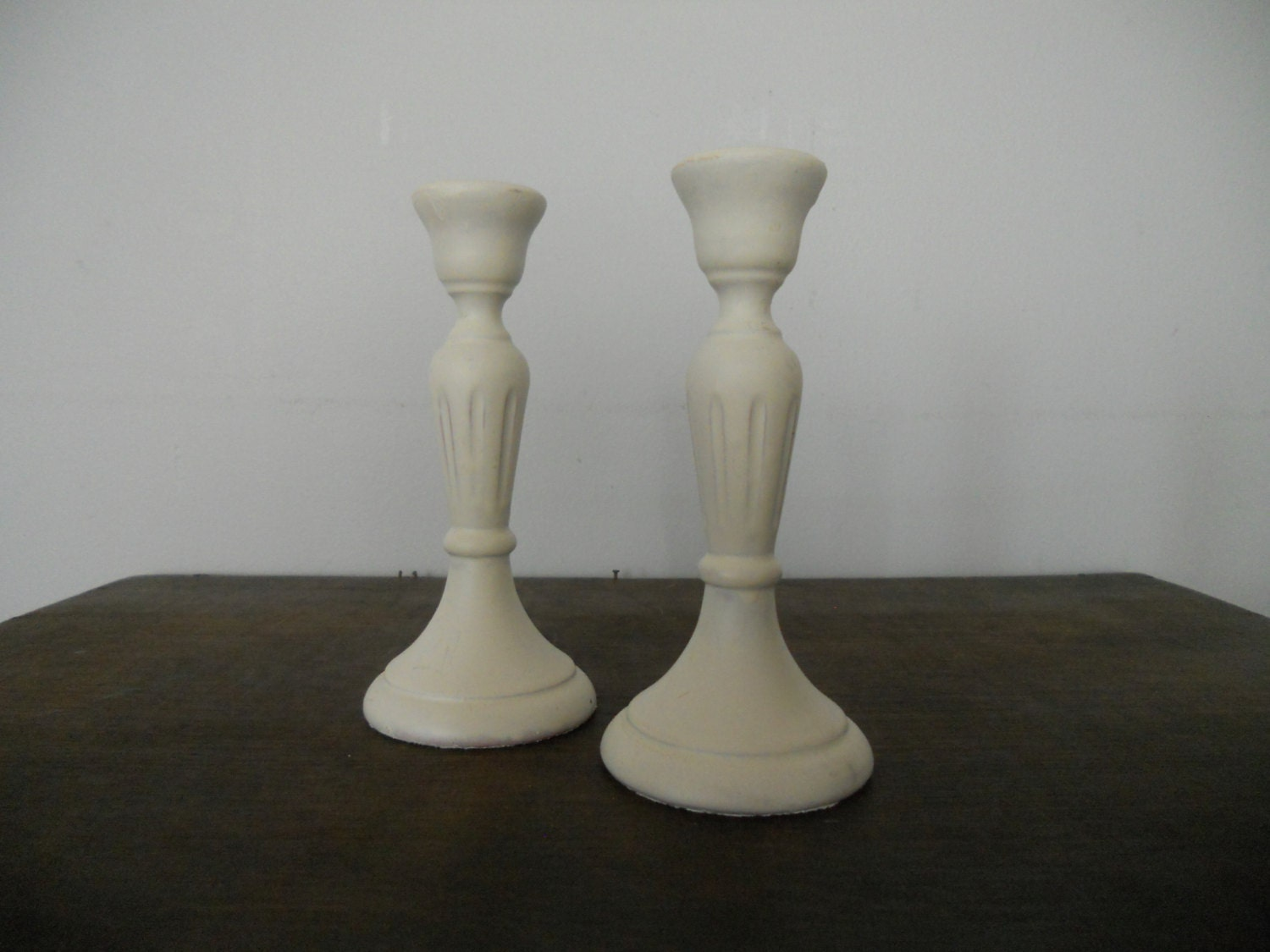 July sale 20%Swedish Vintage candle holders Set of 2 White wooden candle holder Swedish folk art Shabby home decor - TasteVintage