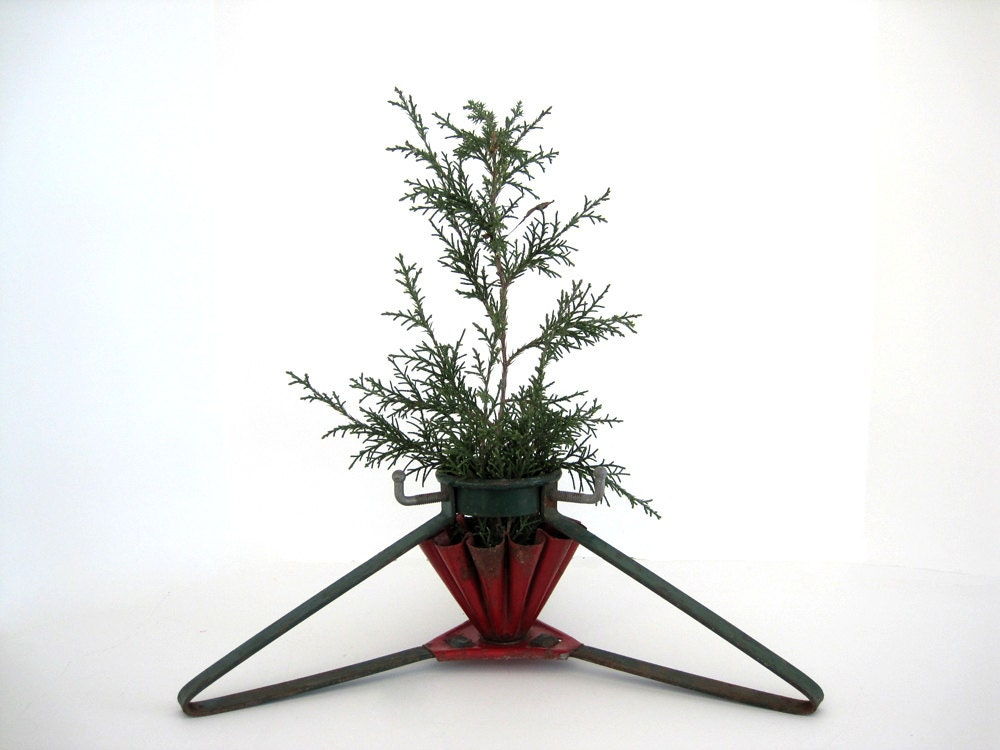 items similar to vintage small metal christmas tree stand. Black Bedroom Furniture Sets. Home Design Ideas