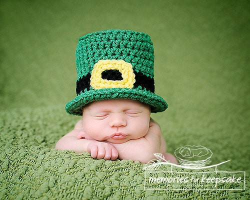 SALE Crochet PATTERN 1 Newborn Leprechaun by MySweetPeaProps