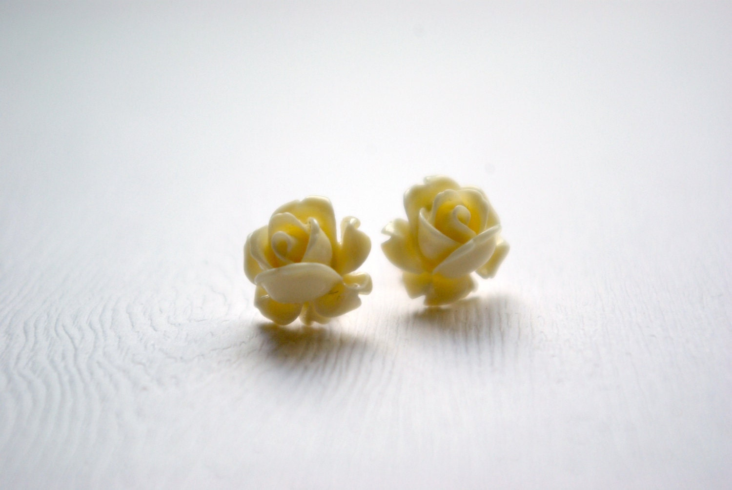 Chico Cream Ivory Rose Earrings
