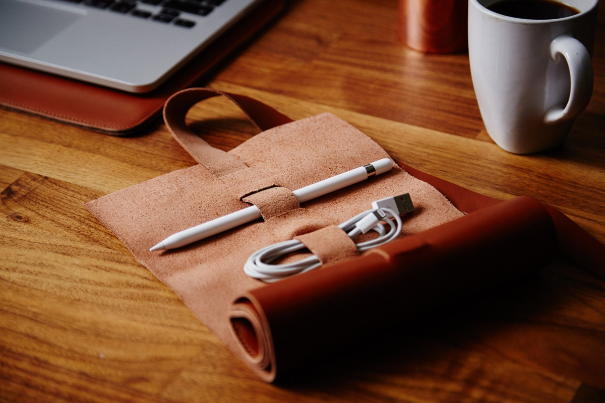Adjustable Cable and Cord Wrap Organiser with Pocket tool roll Cable tidy