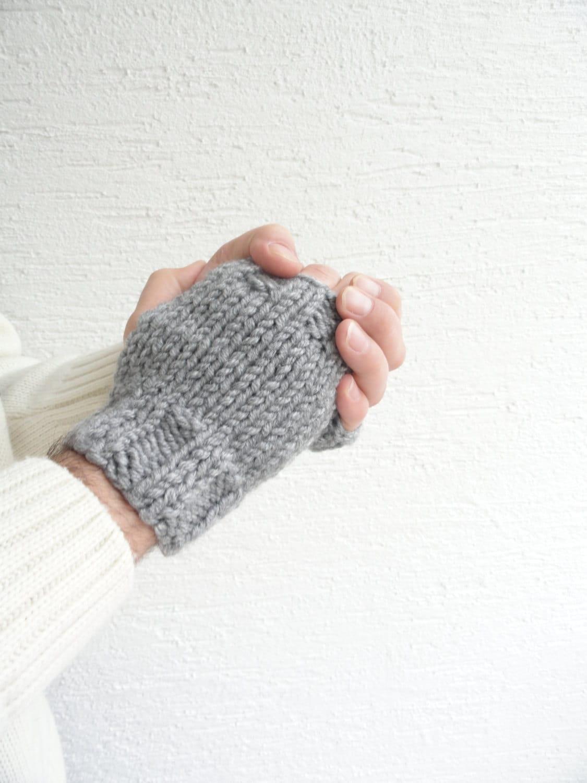 Knit Gray Men Gloves / Fingerless Gloves for Men / Wrist Warmers - LedaDesign