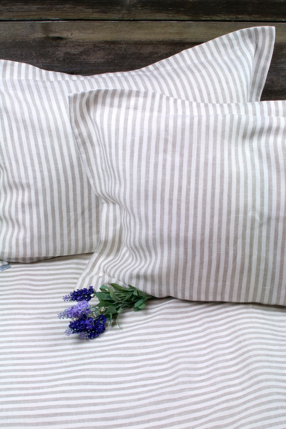 Pure Linen Duvet Cover, Greenish Blue % Linen Flax Bedding, raw, natural, organic, wrinkled linen duvet covers. Singe, twin, double, queen, king Light greenish blue % linen duvet cover with concealed buttons at the bottom. Made from lightweight, densely woven, strong highest.