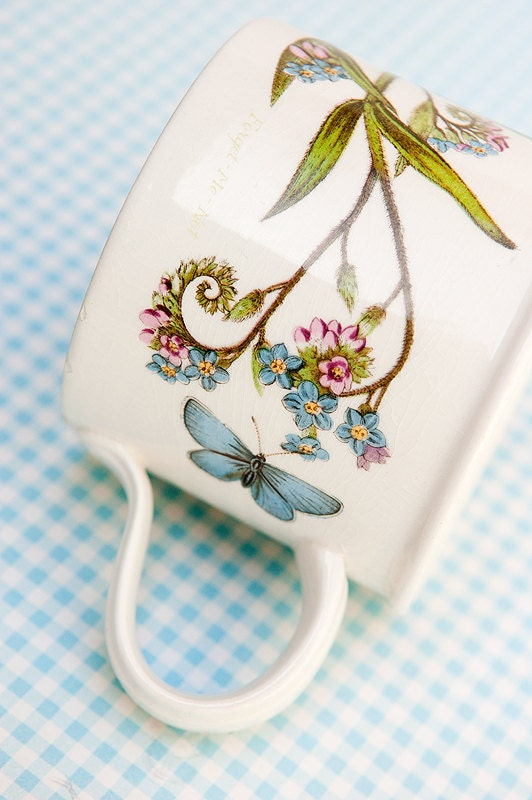 The bontanic garden mug with butterfly and forget me not design. Free shipping anywhere. Portmeirion