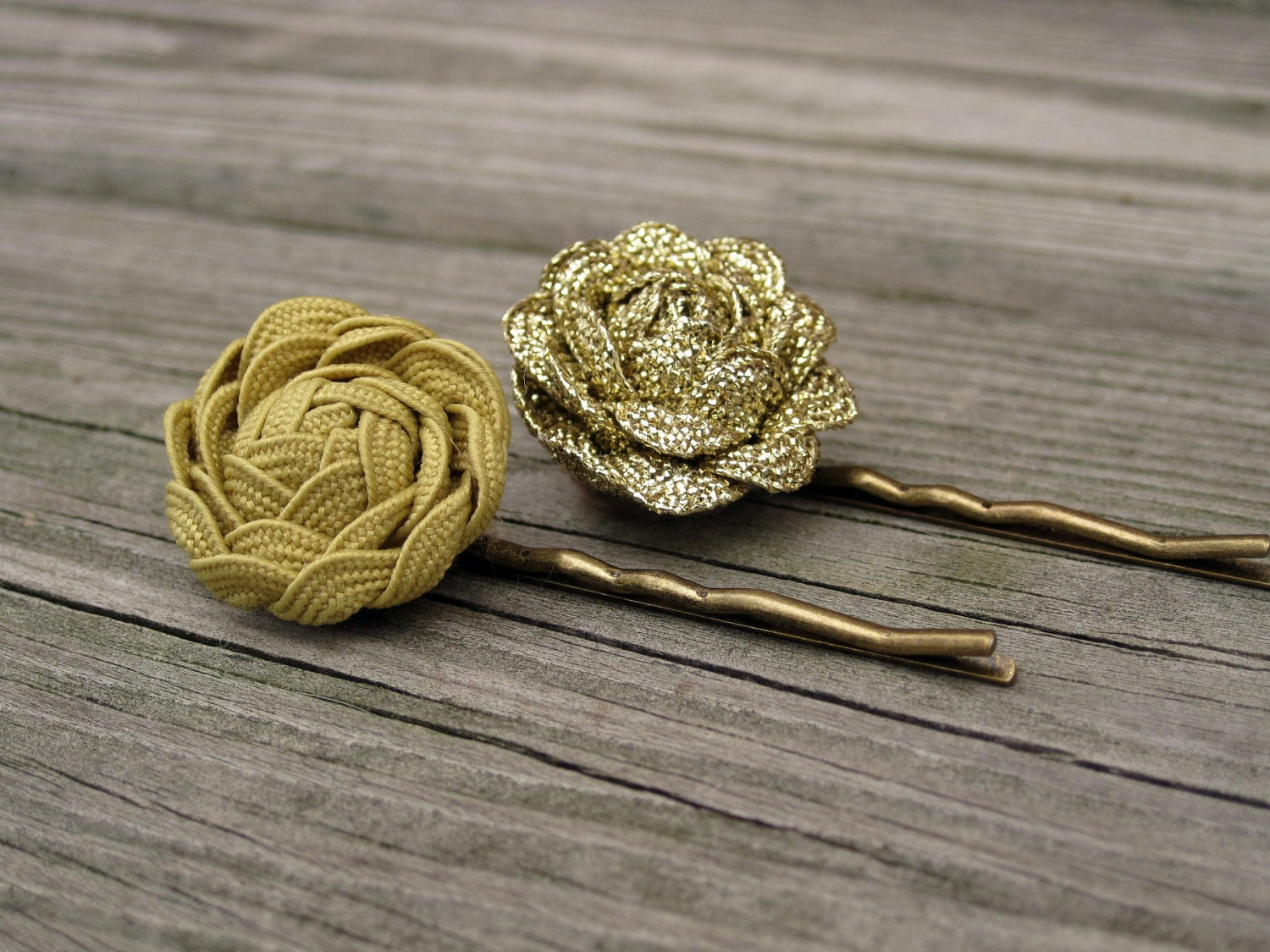 Metallic and Matte Gold Bobby Pins . Gifts for Her . By ponyupdesigns - ponyupdesigns