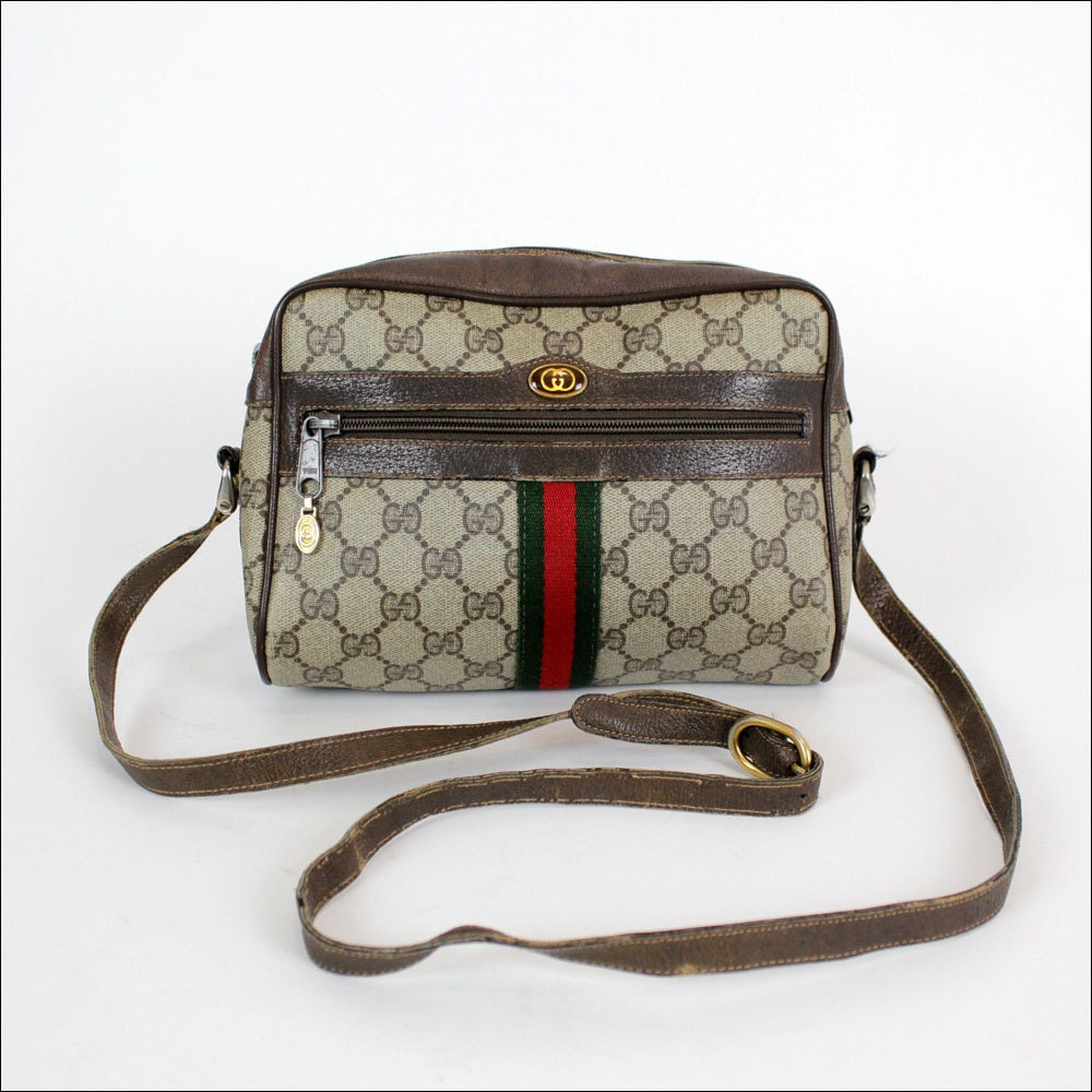 Vintage Gucci Crossbody Bag 62