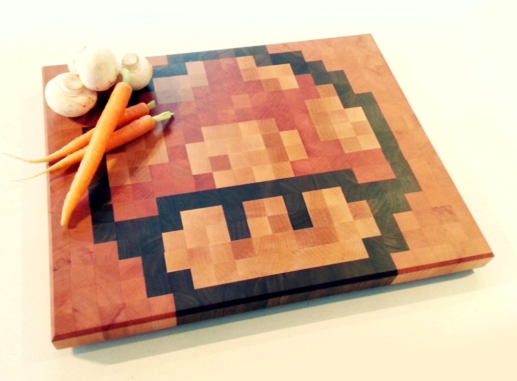 End-grain chopping board with retro gaming pixel art design - MARIO MUSHROOM - JJProducts
