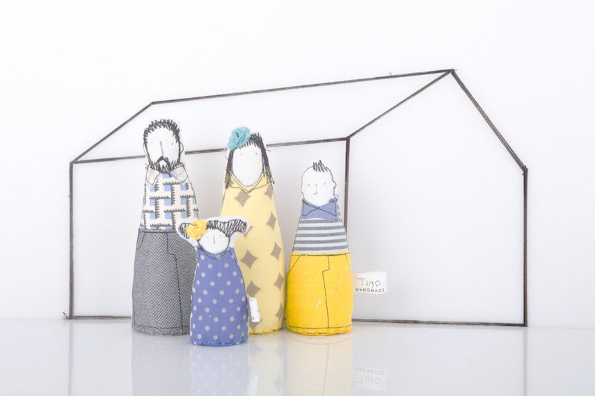 Family Dolls Doll-house Handmade , parents & children - Modern Family in Yellow, gray, blue geometric clothes, 12th scale Miniature - TIMOHANDMADE