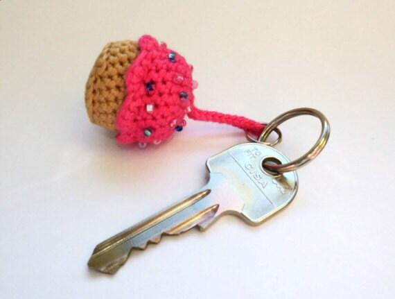 Amigurumi Cupcake Keychain : Cupcake keychain mini pink sprinkles housewarming by ...
