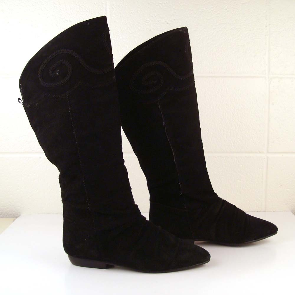 boots black flat suede vintage 1980s by purevintageclothing