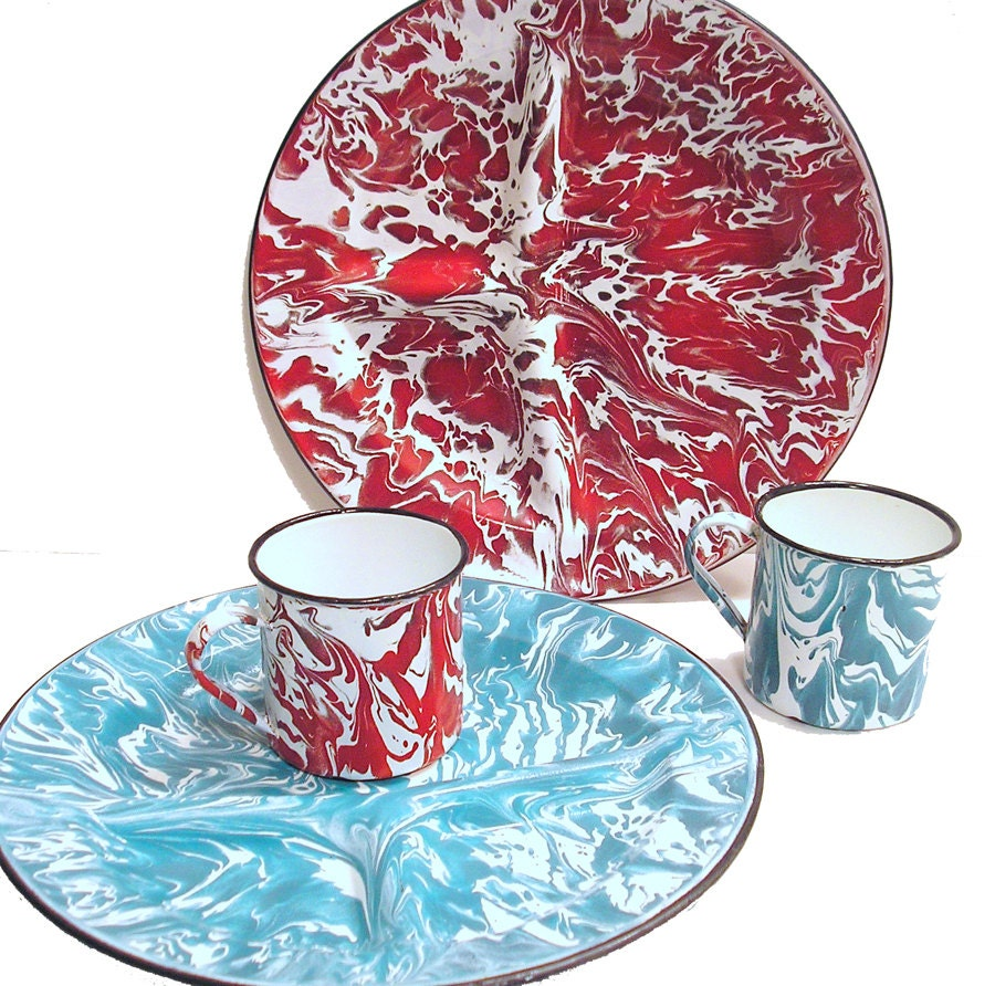 vintage Enamelware Divided Plates and Mugs 2 Sets Red and Turquoise Blue spatterware