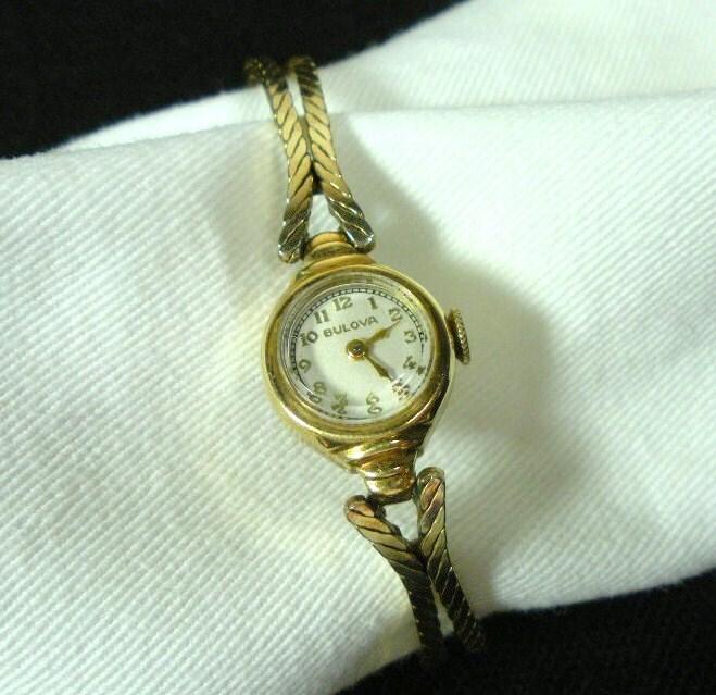 vintage bulova c1940 s 17 jewels by