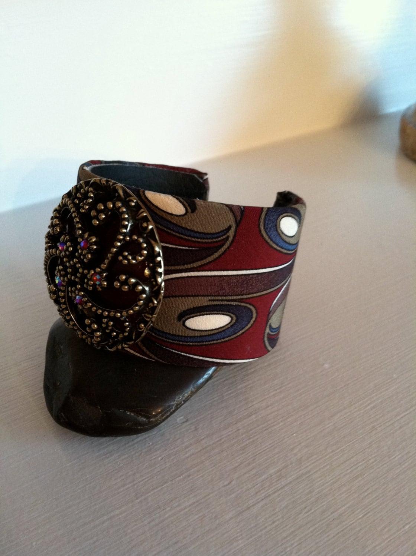 Deep red swirl pattern cuff bracelet - KathysCuffs