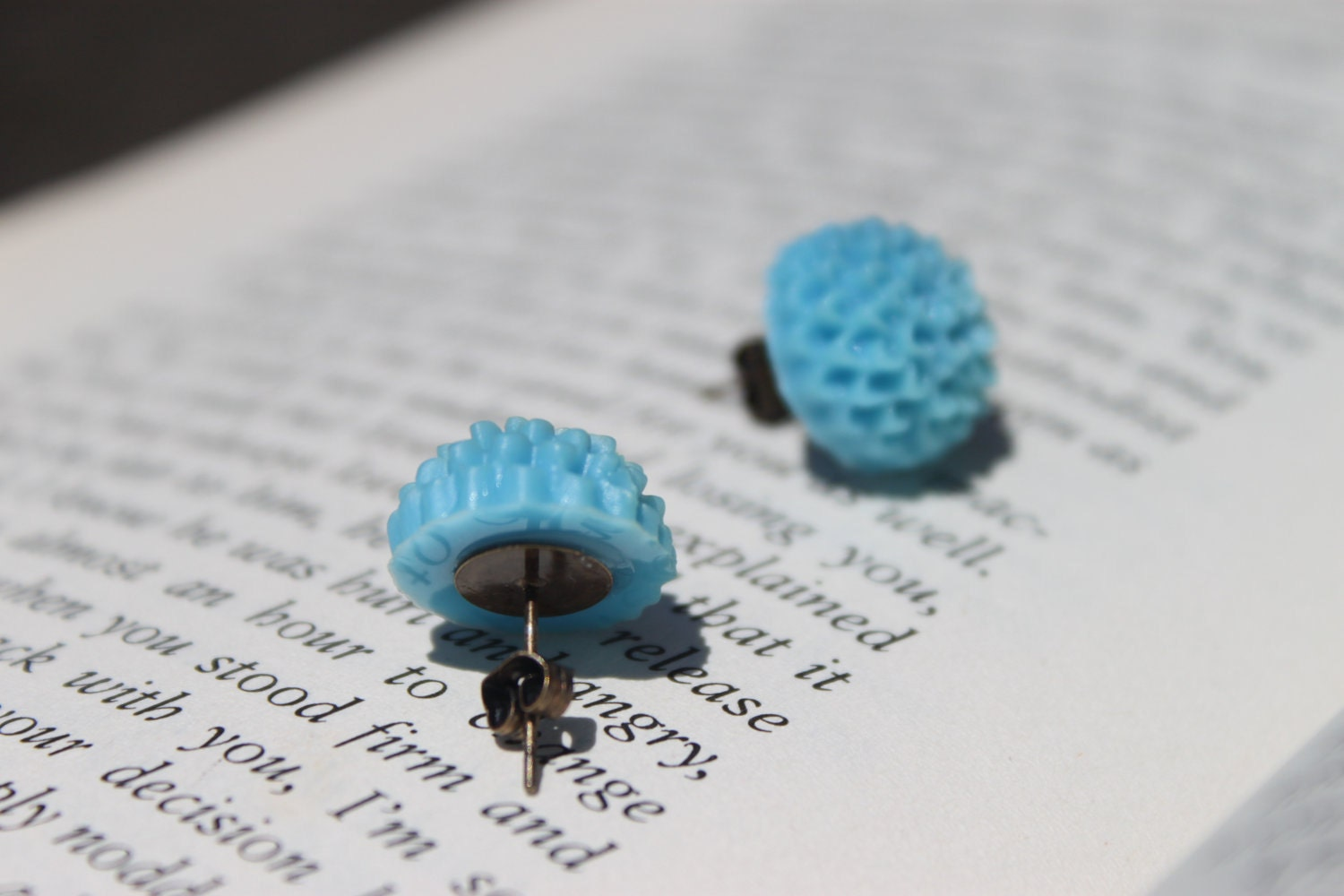 Petite Mum Cabochon Earrings - Turquoise