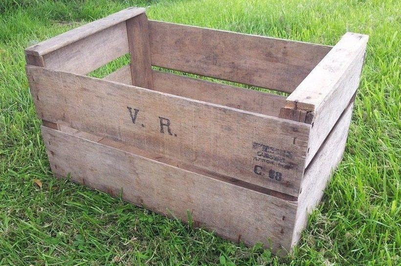 GENUINE APPLE FRENCH Wooden Vintage Storage Crate apple bushel Box Rustic Shabby Chic  Storage shelving Bedside table and drawers ideas!