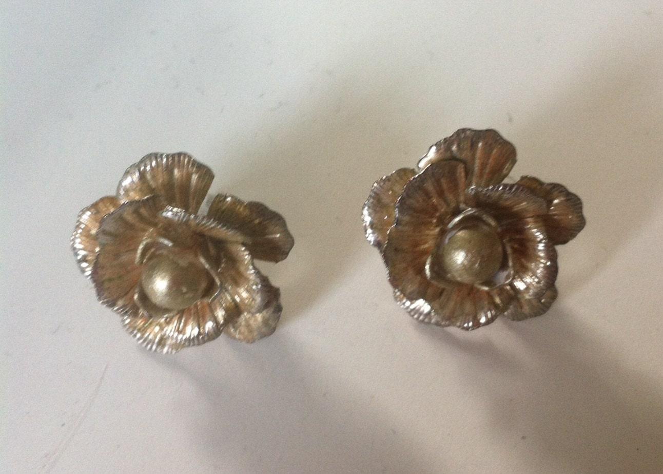 Vintage pearl pierced 1950s earrings antique retro