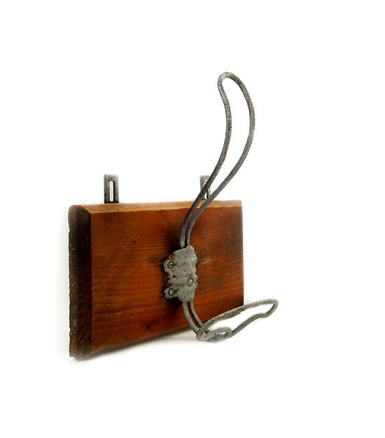 Vintage wooden wall hangerwooden coat rack by millyscollection