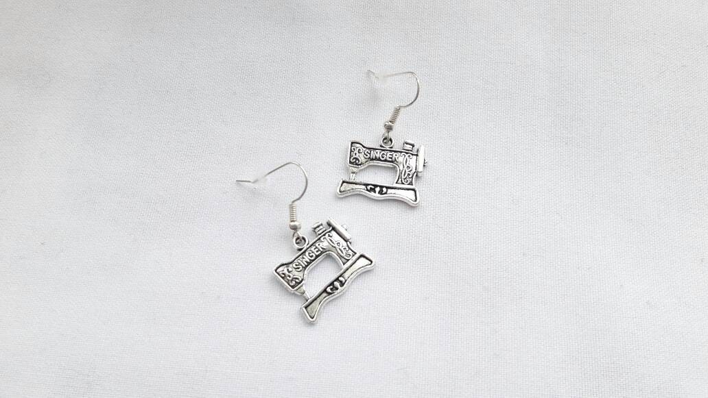 Sewing machine earrings seamstress jewellery sewing jewelry sewing gift for mothers day vintage singer sewing machine charms