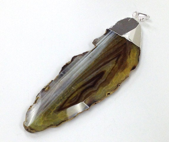 Silver dipped Pendant Linden Green Agate Feather SO2 - BeadPrism