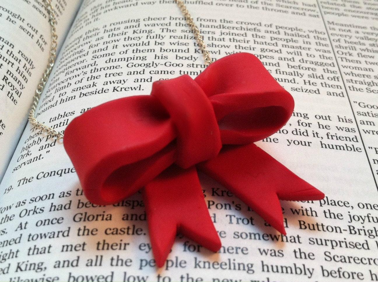 Bow Necklace,Bow Jewelry, Polymer Clay Bow Necklace, Handmade Bow - TrinketsOnline