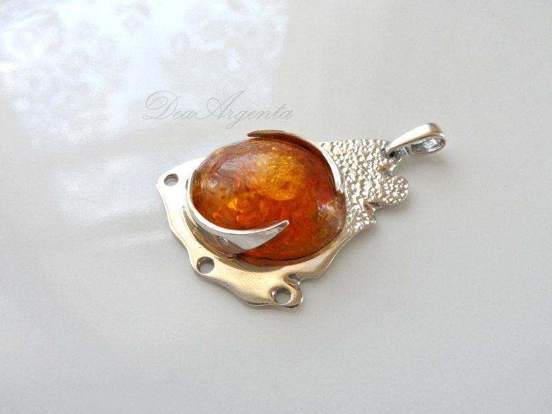 Baltic Sun - sterling silver pendant, Baltic amber pendant, amber pendant, contemporary jewelry, free shipping, eco friendly pendant - DeaArgenta