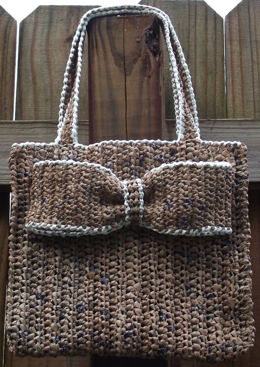 Free Crochet Patterns Plarn Bags : Items similar to Crochet Pattern .....Everyday Plarn ...