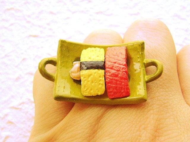 Суши Тунец Кольца Яйцо